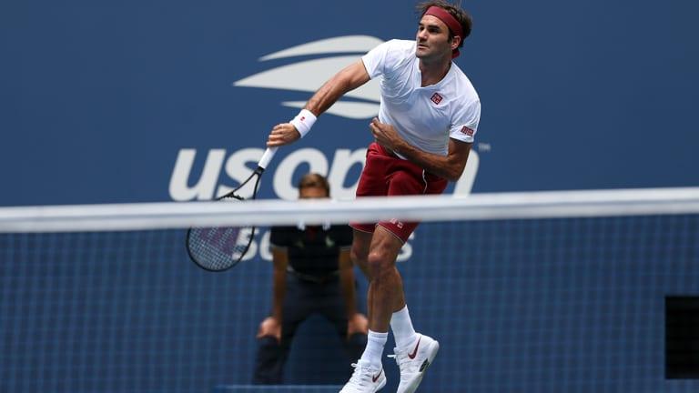 Roger Federer, Novak Djokovic Overcome the Heat, Move on to Next Round at U.S. Open