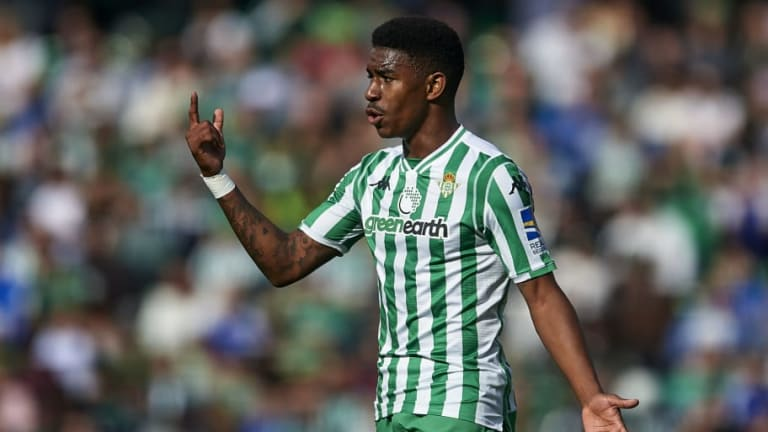 Manchester City Join Real Madrid in Race to Sign Real Betis Full Back Junior Firpo