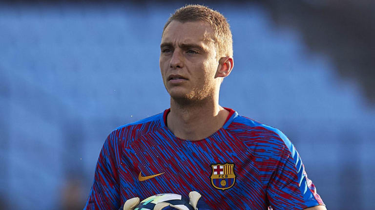 Barcelona Goalkeeper Prepared to Submit Transfer Request Amid Rumours of Liverpool Interest