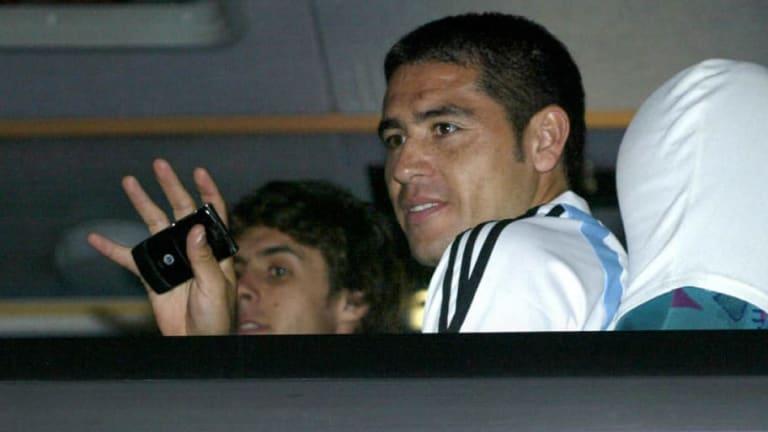 """BOMBAZO   """"En 2007, los jugadores de la Selección no querían a Riquelme"""""""