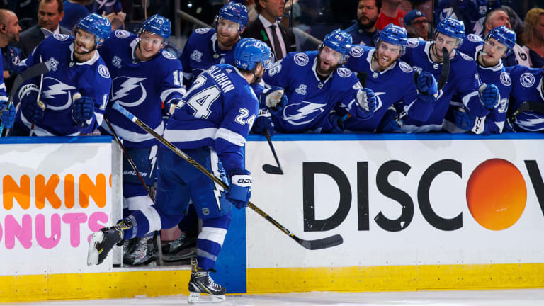 Stanley Cup Playoffs: Lightning Strike Early in Game 5 to Take 3-2 Lead in Eastern Conference Final