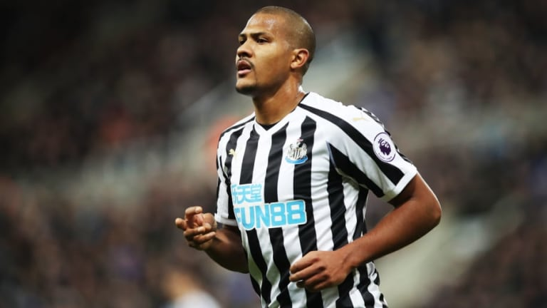 Salomon Rondon Insists He 'Works Well Under Pressure' After Deciding to Wear Newcastle No. 9 Shirt
