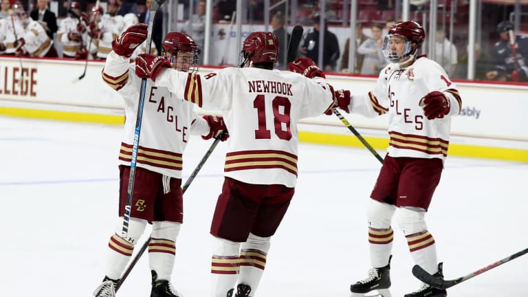 Boston College Men's Hockey Wins 6th Straight As Eagles Defeat Yale 6-2
