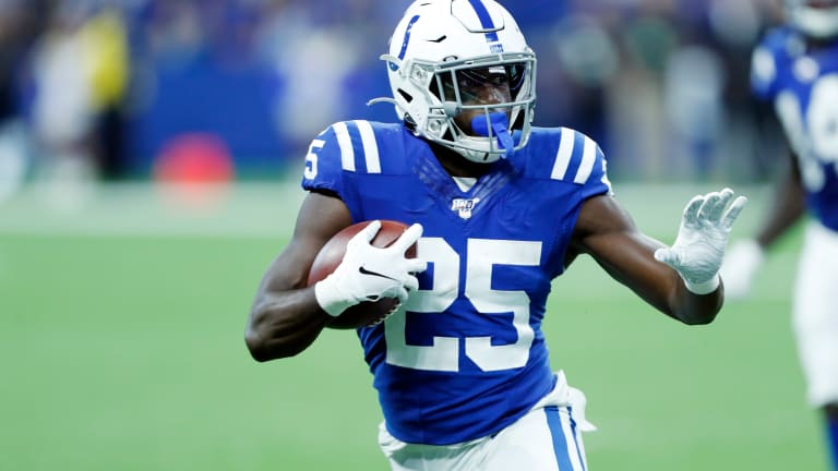 Colts Leading Rusher Marlon Mack Suffers Hand Fracture