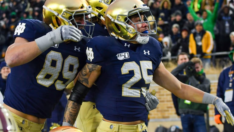 Notre Dame Stays At No. 15 In Latest Polls