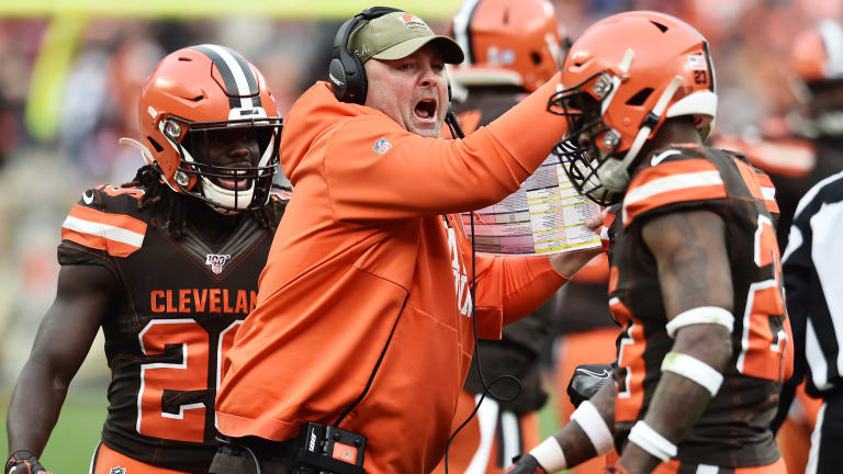 Freddie Kitchens Wears 'Pittsburgh Started It' Shirt After Browns-Steelers Brawl