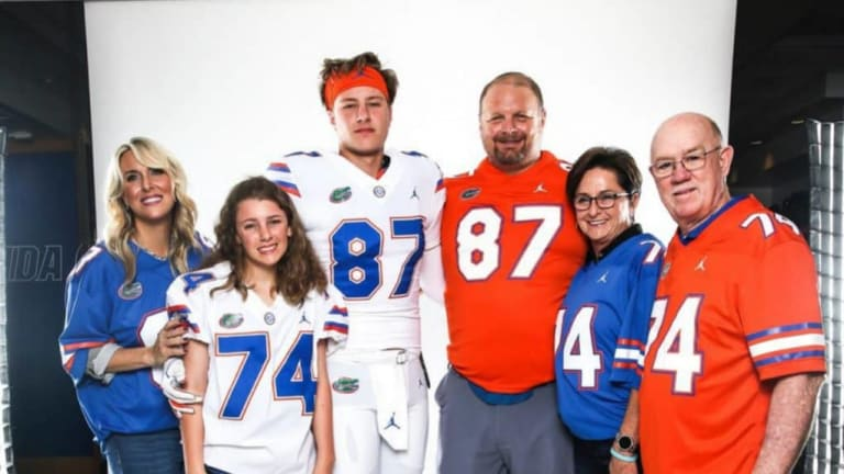 Five Play Prospect: Florida TE Jonathan Odom Scouting Report