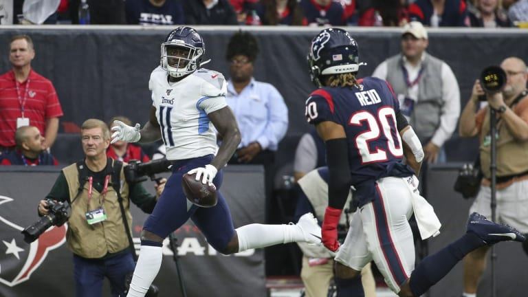 Brown Reaches Receiving Milestone on Pass From Mariota