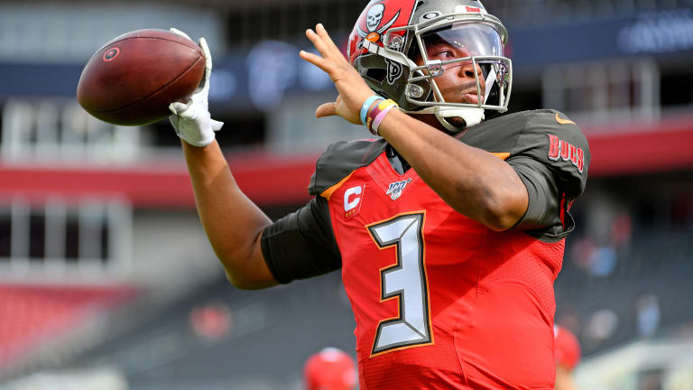 Jameis Winston Becomes 8th QB in NFL History to Eclipse 5,000 Passing Yards in a Season