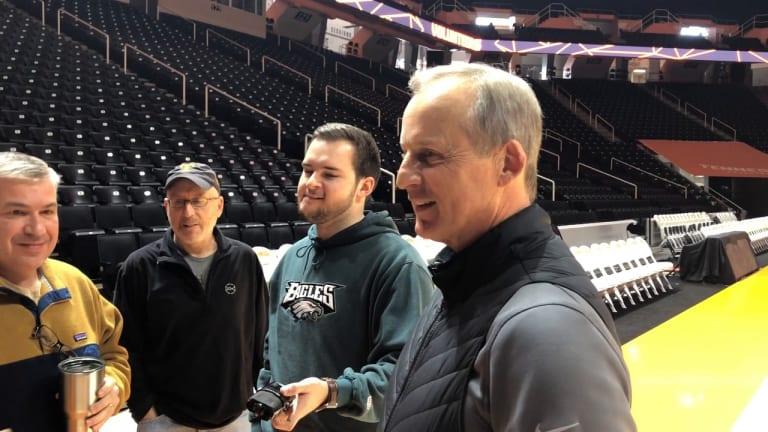 WATCH: Tennessee Coach Rick Barnes Addresses the Media (FULL)