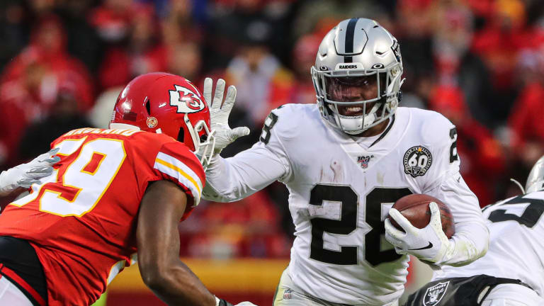 Raiders Rookie RB Josh Jacobs Buys House for Dad