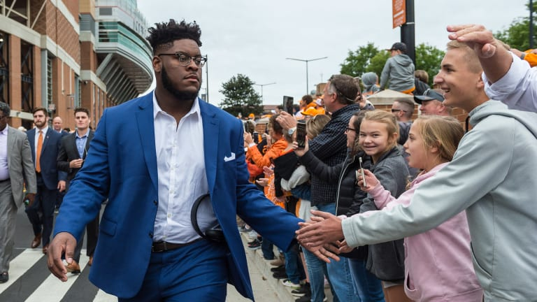 ESPN Analyst Projects Trey Smith as SEC's Top Offensive Guard