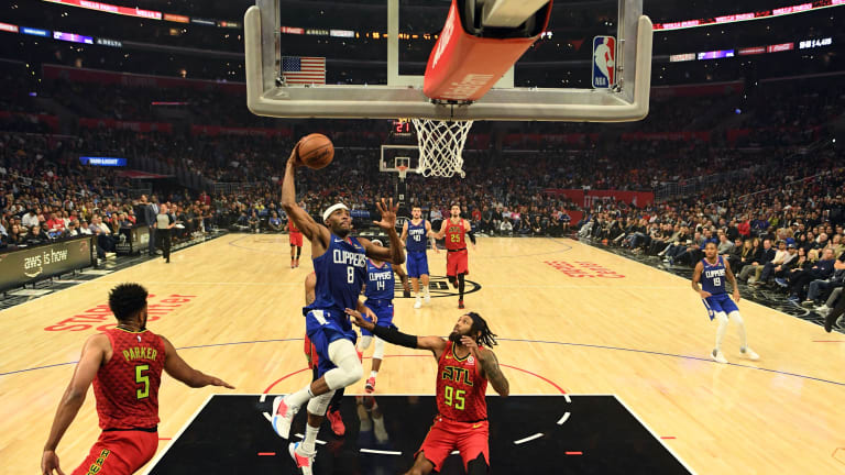 Clippers look to keep rolling against Hawks
