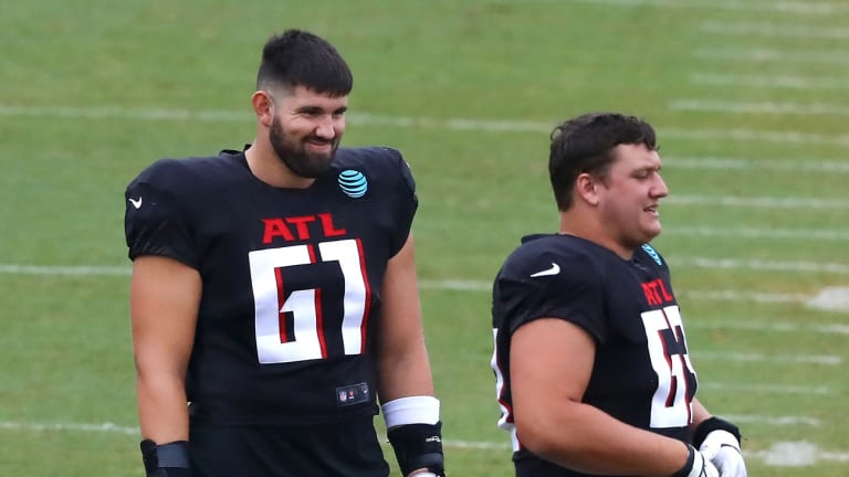 Matt Hennessy Starts At Left Guard In Friday Scrimmage, Leaves With 'Banged' Knee