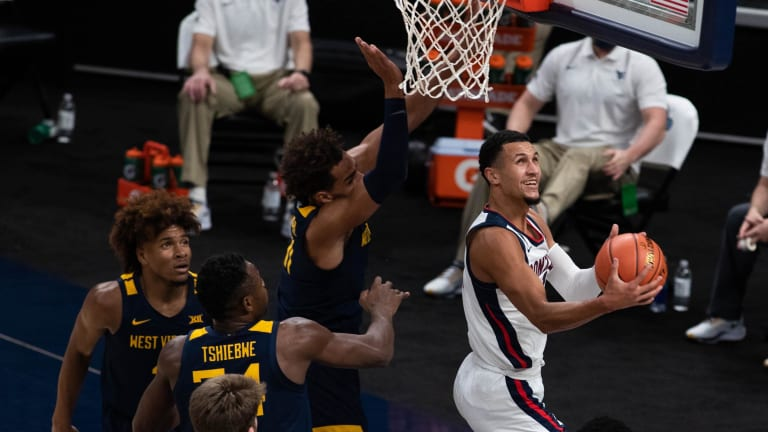 Gonzaga's Jalen Suggs Returns After Injury Scare to Left Ankle Against West Virginia