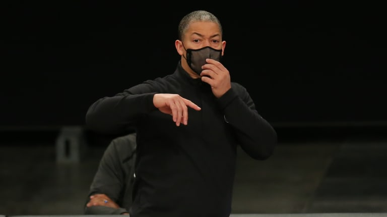 """Ty Lue on Dudley's Criticism of Paul George: """"Who cares what people say?"""""""
