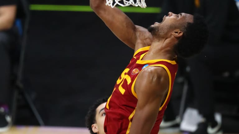 USC Falls To Undefeated Gonzaga In The Elite 8