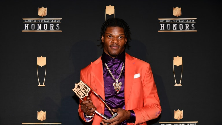 Jackson Named NFL MVP By Unanimous Vote
