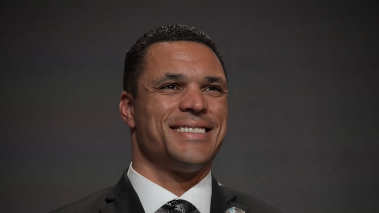 Carl Peterson: How UCLA played a role in bringing Tony Gonzalez to the Chiefs