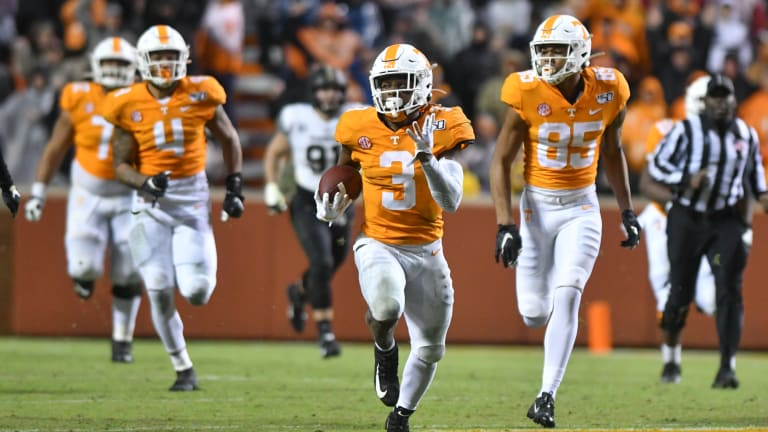 Where Eric Gray's Freshman Season Compares to 5 Tennessee Greats