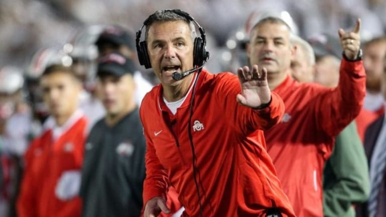 Ohio State coach Meyer reveals history of headaches