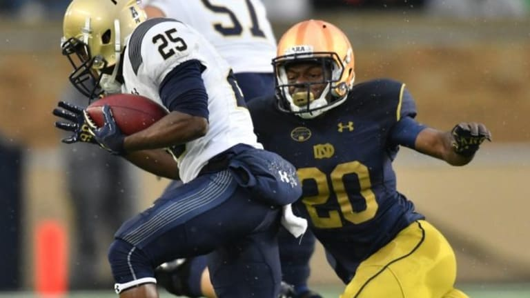 Reports: Notre Dame loses DB Shaun Crawford to torn ACL