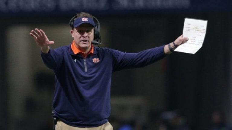 Defensive showdown looms as No. 9 Washington visits No. 6 Auburn