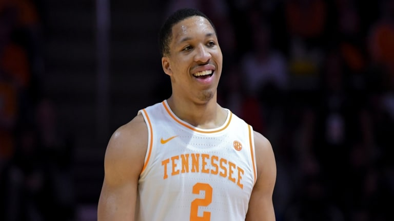 Grant Williams Latest to Crash Tennessee Class