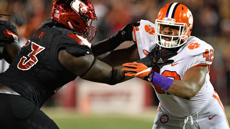 Bobby Petrino compares Mekhi Becton to two Pro Bowl tackles