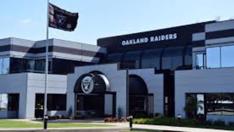 Raiders Packing Up, Leaving Alameda