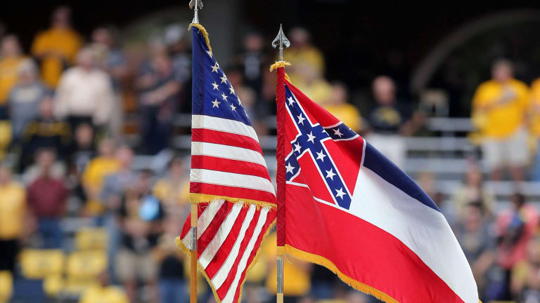 Where do Mississippi State officials stand on possibility of changing the state flag?