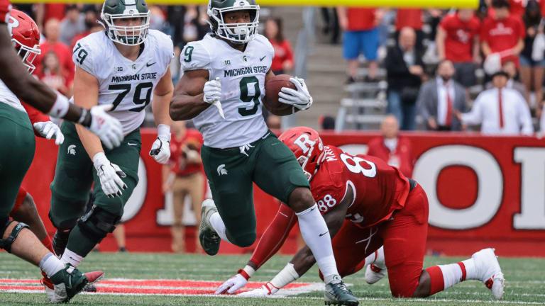 Big Ten Roundup: Walker, Spartans Run Over Rutgers, Play Indiana Next