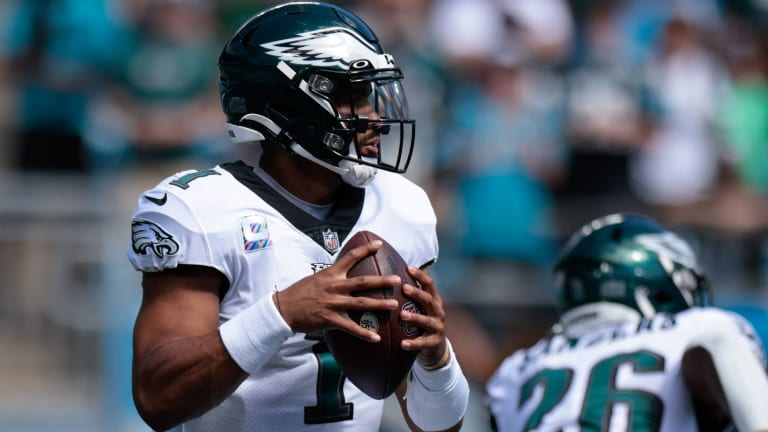 Eagles End 3-Game Losing Streak, Rally for Important win in Carolina