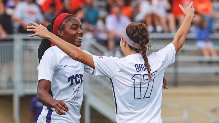 Weekend Wrap-up: Soccer Shuts Out Two Conference Foes
