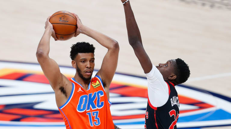 Thunder's Tony Bradley Says Sixers Were 'Special to Watch'