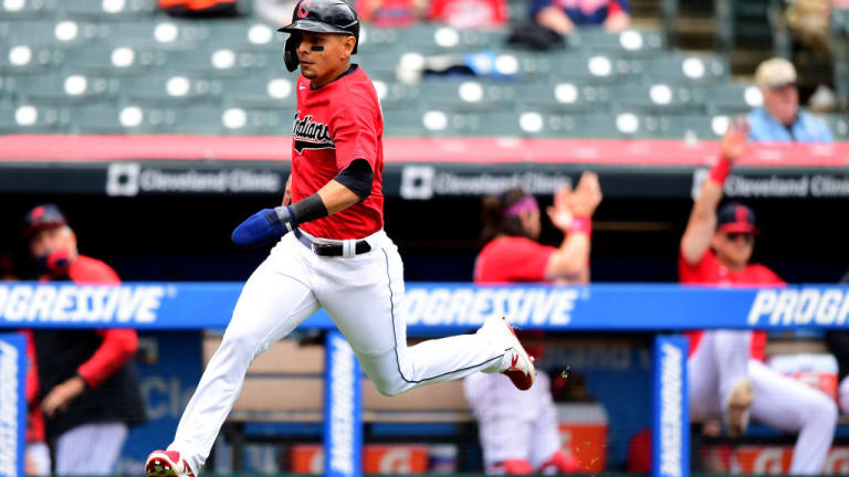 Indians Win 4th Straight, Top Tigers 5-2 to Move to 5-3 on Young Season