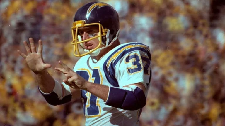 Hank Bauer set a record that will never be broken. So why isn't he in the Chargers' Hall?
