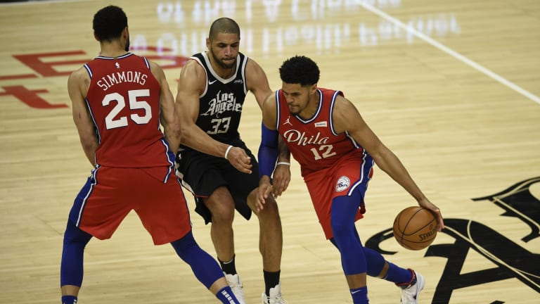 Simmons, Harris Talk Growing Chemistry Within Starting Lineup