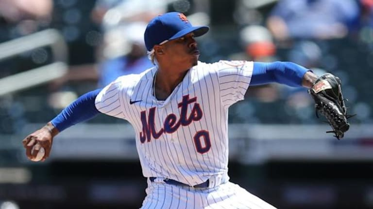 Stroman Solid as Mets' Offense Powers Way to Series Split in San Diego