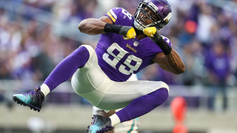 Will Danielle Hunter Show Up to Vikings Mandatory Minicamp Without a New Contract?