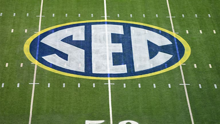 2022 SEC Football Schedule: Teams and Week-to-Week
