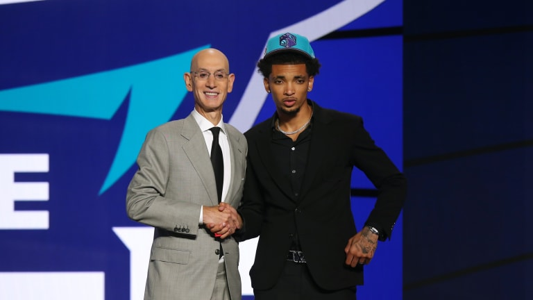 A Happy Haul: Charlotte Hornets fill needs by drafting Connecticut's James Bouknight, acquiring Texas' Kai Jones
