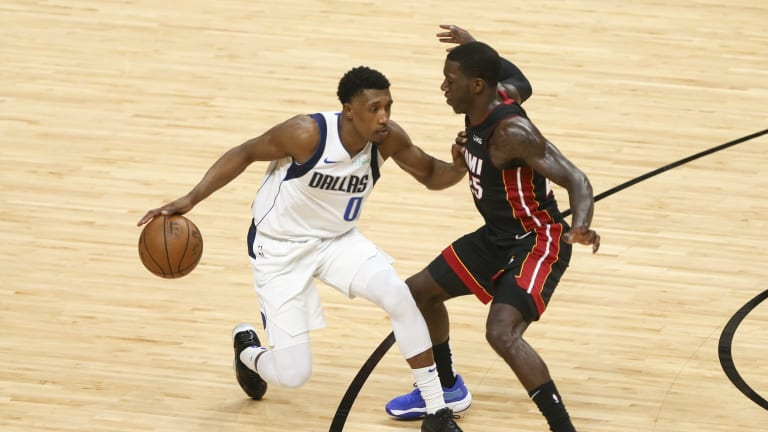 Mavericks Trade Seth Curry's Replacement Josh Richardson to Celtics
