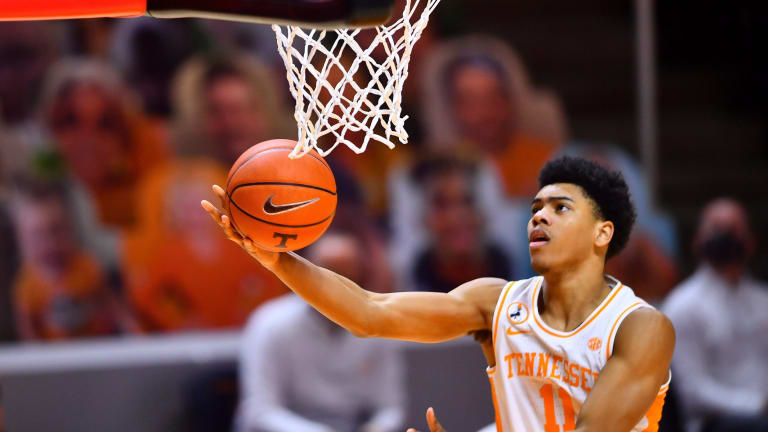 NBA Draft Analysts Credit Sixers for Jaden Springer Pick in First Round
