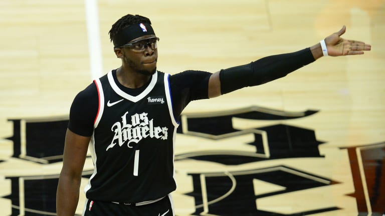 Report: Reggie Jackson Re-Signs with LA Clippers