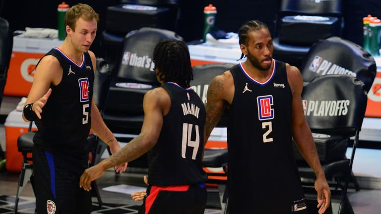 Photo: Kawhi Leonard, Paul George, and LA Clippers Support Team at Summer League