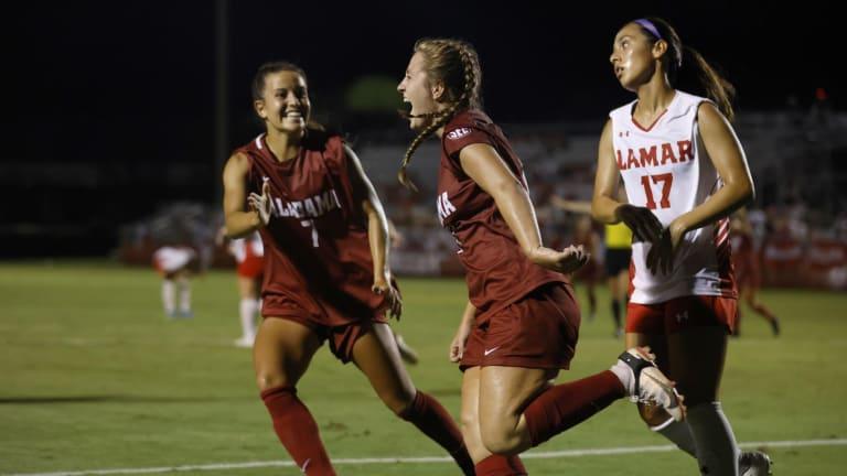 Alabama soccer tops Lamar behind brace from Kate Henderson, 3-1
