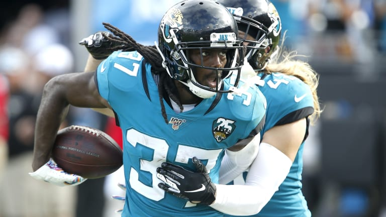 Jaguars vs. Broncos: Tre Herndon Listed as Limited on Thursday