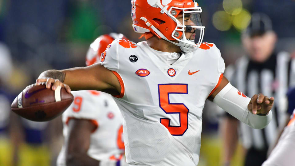 Way-Too-Early Rankings Reveal Respect for 2021 Clemson Tigers