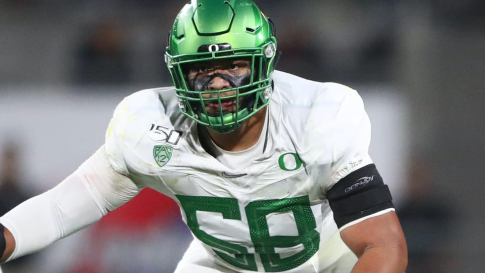 Bengals Reportedly 'Locked In' on Oregon Tackle Penei Sewell With Fifth Pick
